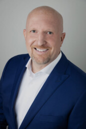 Jeremy Golar is a real estate agent in Henderson, Nevada