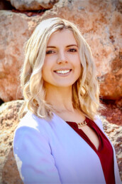 Olga is a real estate agent in Southern Utah