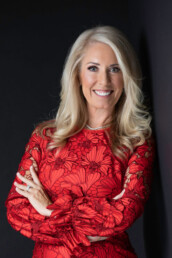 Tanya is a real estate agent in Summerlin