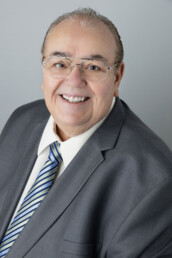 Mark Anthony Rua is a real estate agent in Summerlin
