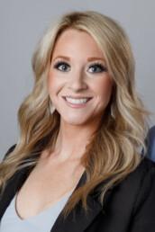 Amanda is part of the Meza Real Estate team in Southern Utah