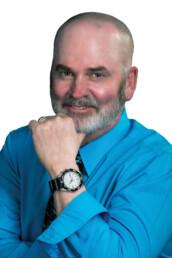 Scott Meservey is a real estate agent in Henderson
